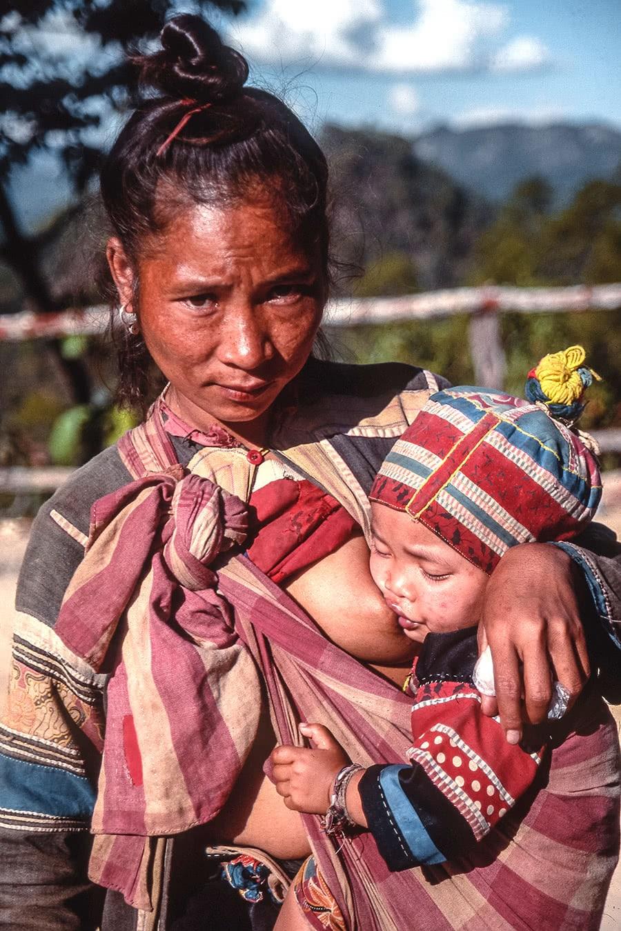 Lisu woman with a child, taken in 1993 in northern Thailand.