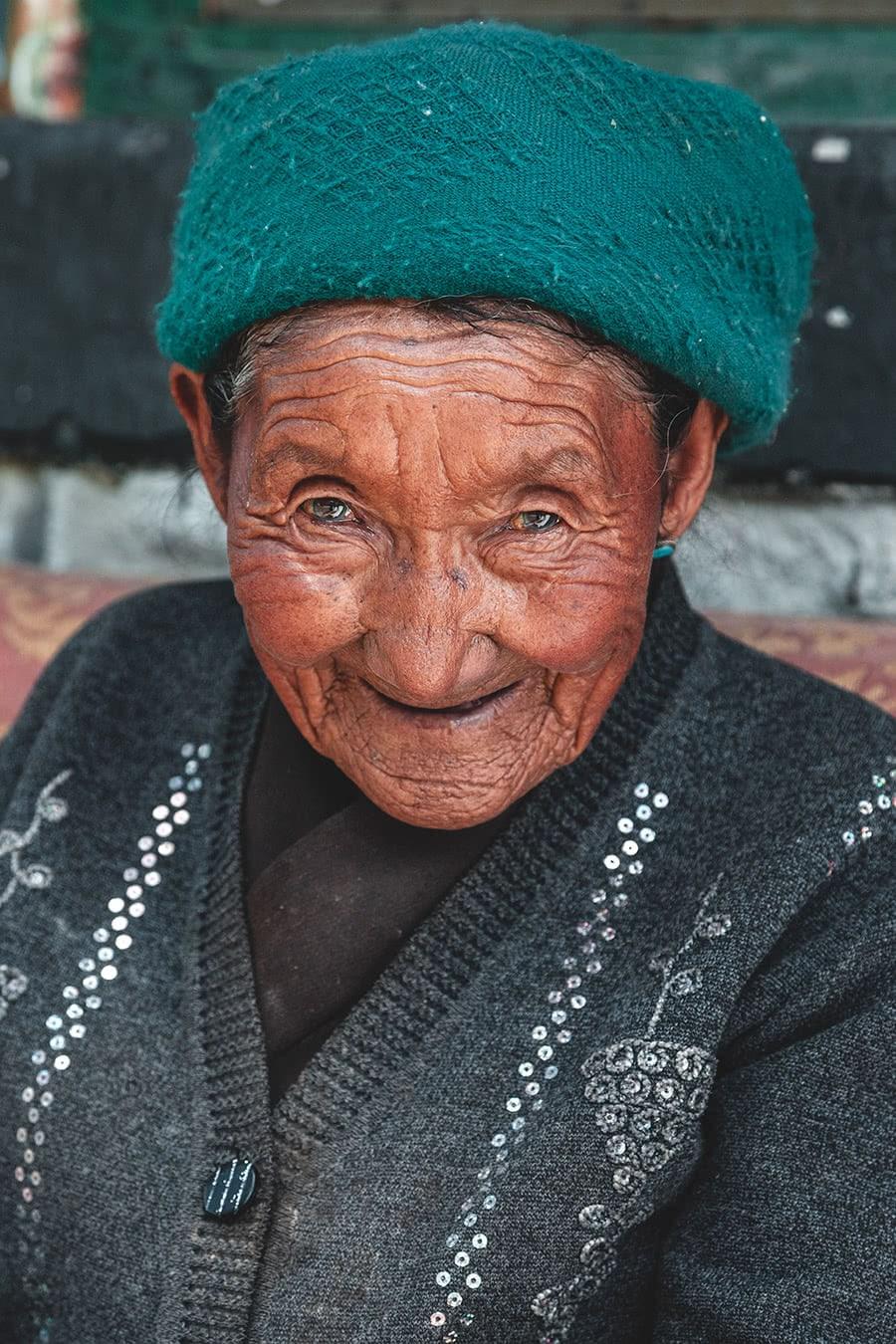 An old Tibetan woman in Samye.