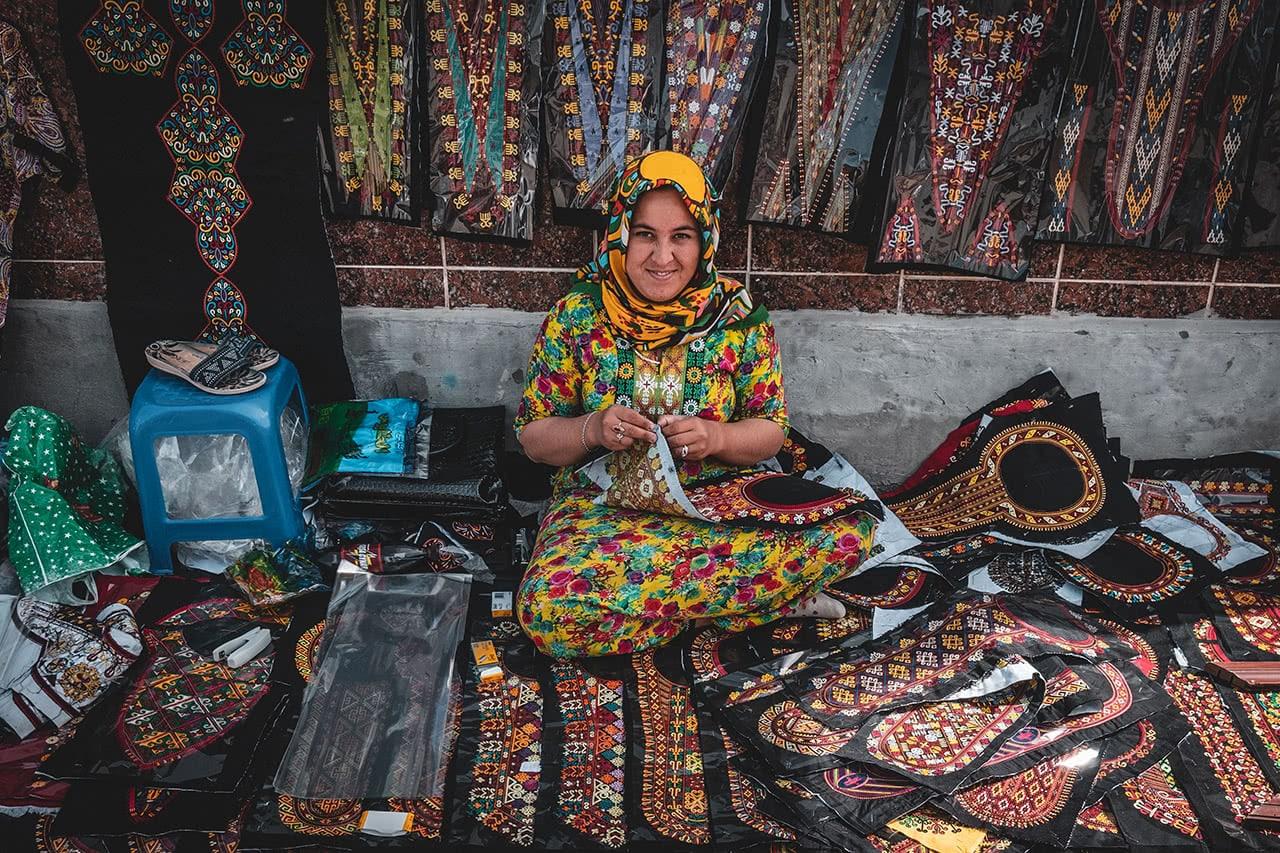 Vendor in Turkmenbashi.