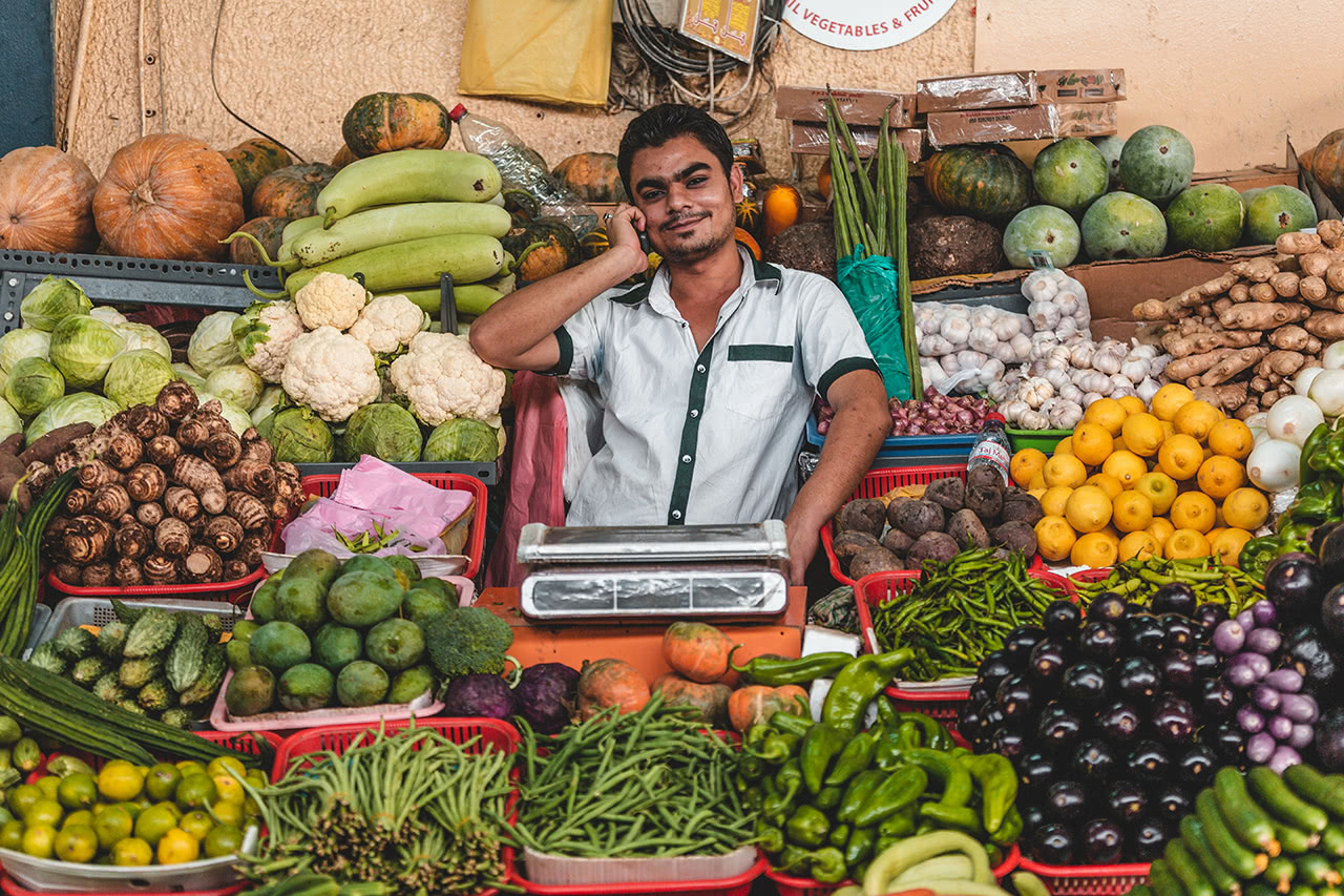 A produce vendor in Dubai.