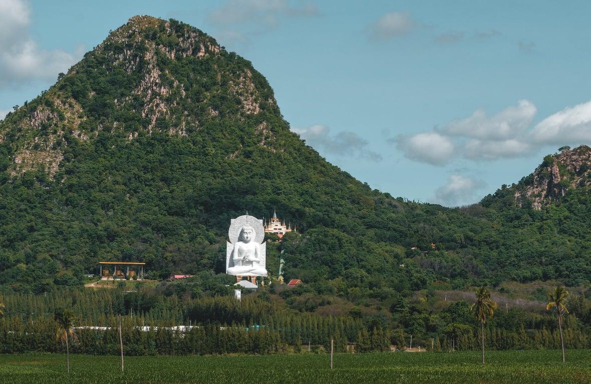 Lopburi_3 (Wat Tham)